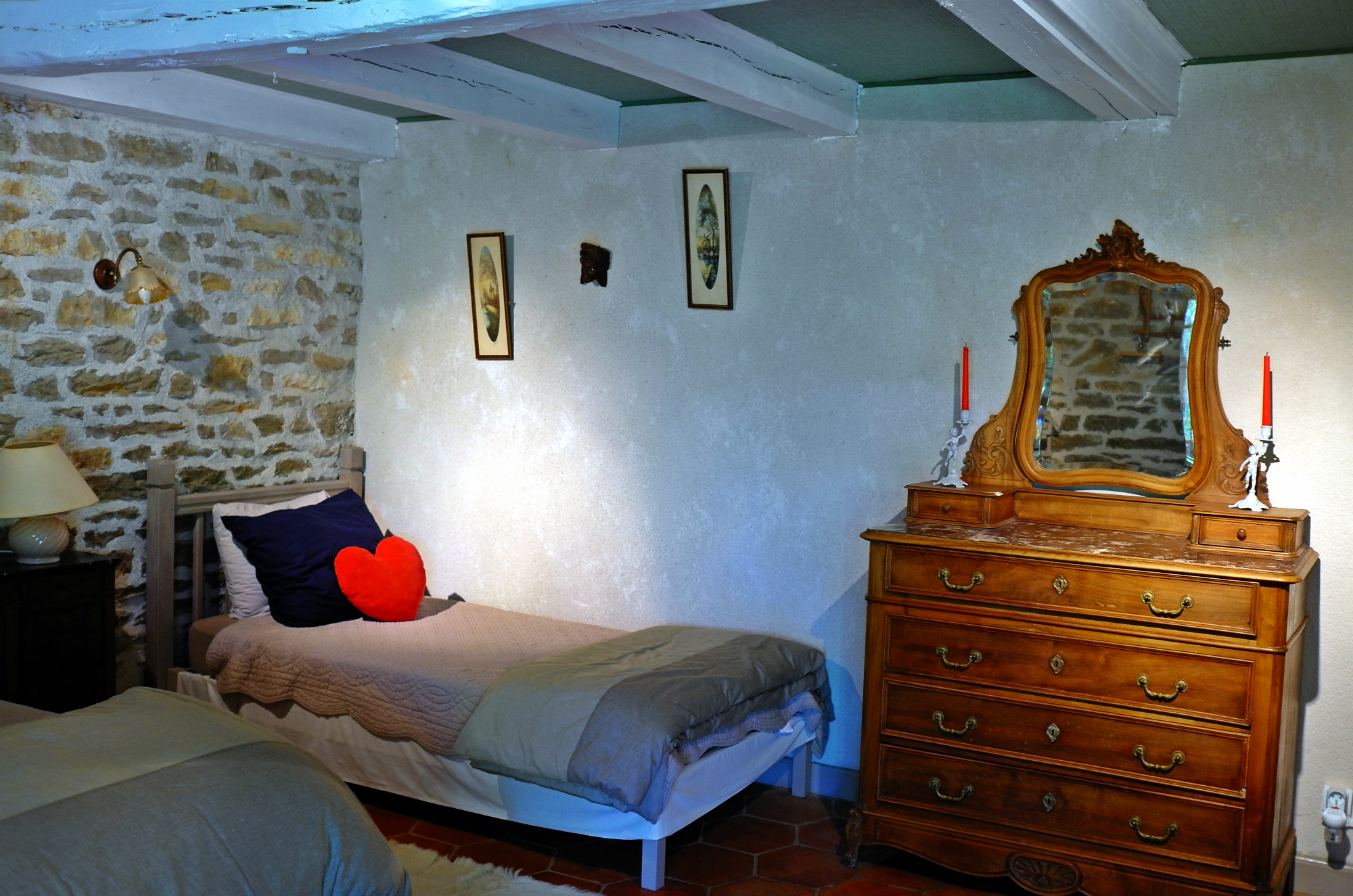 Chambre Dhote Definition